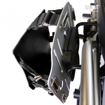Portaborse in alluminio con frontale regolabile cuoio, aggancio rapido e telaio